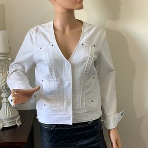 😊2/25 Attitude Jay Manuel cute white jacket